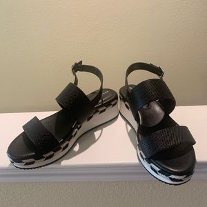 Kelly & Katie Sandals (new, without box)